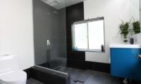 Hakuba Slopeside Chalet Guest Bathroom | Hakuba, Nagano | Ministry of Chalets