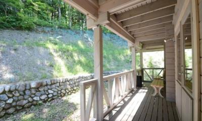 Maki Cottage Verandah | Hakuba, Nagano | Ministry of Chalets