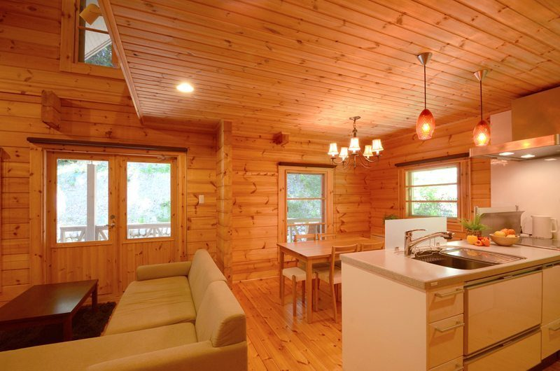 Maki Cottage Living And Dining Pavilion | Hakuba, Nagano | Ministry of Chalets