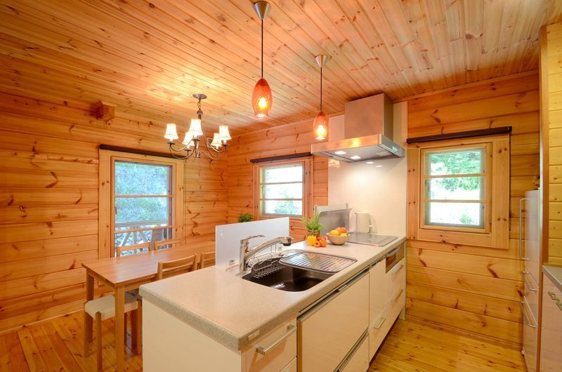 Maki Cottage Kitchen | Hakuba, Nagano | Ministry of Chalets