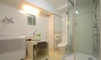 Maki Cottage Bathroom One | Hakuba, Nagano | Ministry of Chalets
