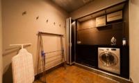Phoenix Chalets 2br Laundry   Hakuba, Nagano   Ministry of Chalets