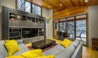 Phoenix Cocoon Living Room | Hakuba, Nagano | Ministry of Chalets