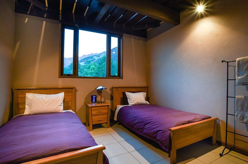 Powderhouse Twin Bedroom | Hakuba, Nagano | Ministry of Chalets