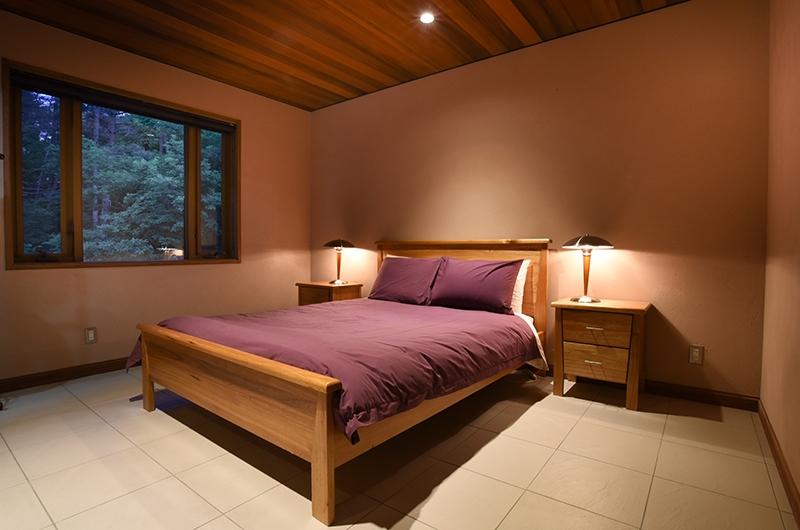 Powderhouse Bedroom with Lamps | Hakuba, Nagano | Ministry of Chalets