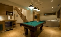 Annabel Pool Table | Annabel, Niseko | Ministry of Chalets