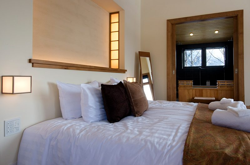 Annabel Bedroom with Hot Tub | Hirafu, Niseko | Ministry of Chalets