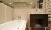 Big Valley Bathtub | Hirafu, Niseko | Ministry of Chalets