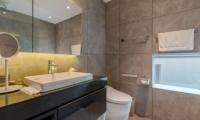 Boheme Bathroom Two   Hirafu, Niseko   Ministry of Chalets
