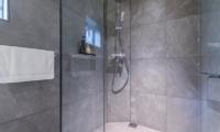 Boheme Bathroom   Hirafu, Niseko   Ministry of Chalets