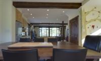 Byakko Kitchen and Dining Area | Hirafu Izumikyo 1, Niseko | Ministry of Chalets