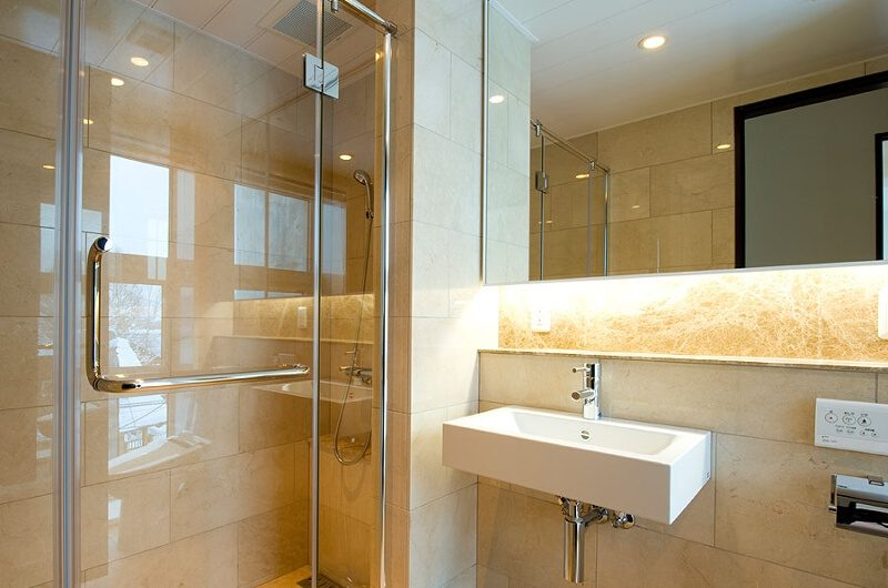Fubuki Bathroom | Hirafu, Niseko | Ministry of Chalets