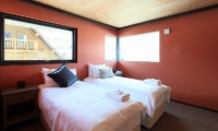 Gustav's Hideaway Twin Bedroom | Lower Hirafu Village, Niseko | Ministry of Chalets