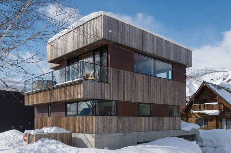 Gustav's Hideaway Outdoors | Lower Hirafu Village, Niseko | Ministry of Chalets