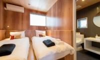 Heiwa Lodge Twin Bedroom | St Moritz, Niseko | Ministry of Chalets