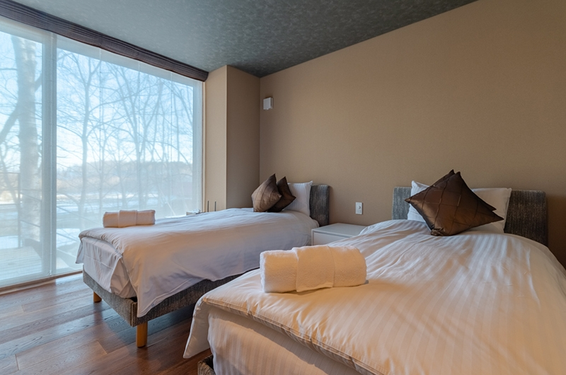 Hideaway on Escarpment Twin Bedroom Area | Hirafu, Niseko | Ministry of Chalets