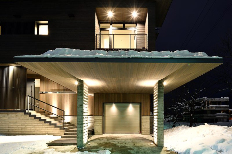 Jun Entrance | Hirafu, Niseko | Ministry of Chalets