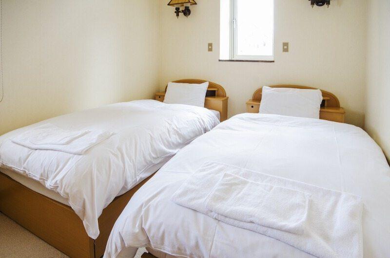 Jurin Cottage Bedroom | Hirafu Izumikyo 1, Niseko | Ministry of Chalets