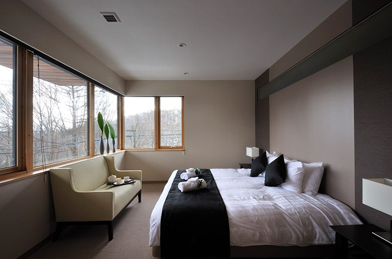 Kasetsu Bedroom with Seating | Hirafu, Niseko | Ministry of Chalets