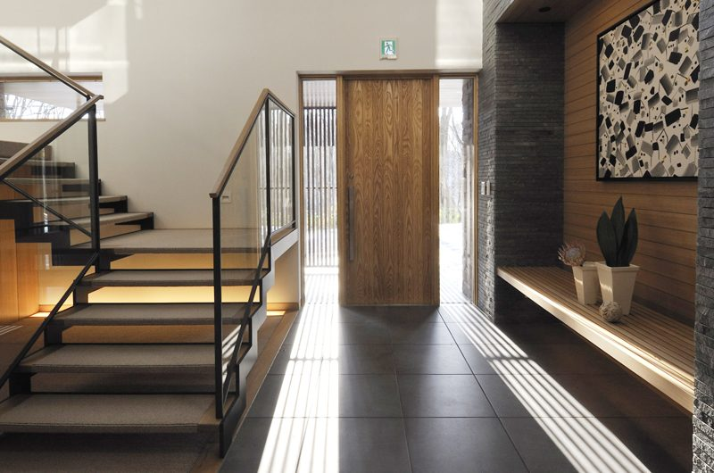 Kasetsu Entrance | Hirafu, Niseko | Ministry of Chalets
