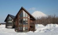 Kasumi Outdoors | Hirafu St Moritz, Niseko | Ministry of Chalets