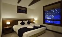 Kokoro Bedroom with Lamps | Hirafu, Niseko | Ministry of Chalets
