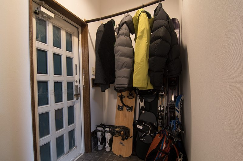 Kuma Cabin Ski Equipment Area | Hirafu, Niseko | Ministry of Chalets
