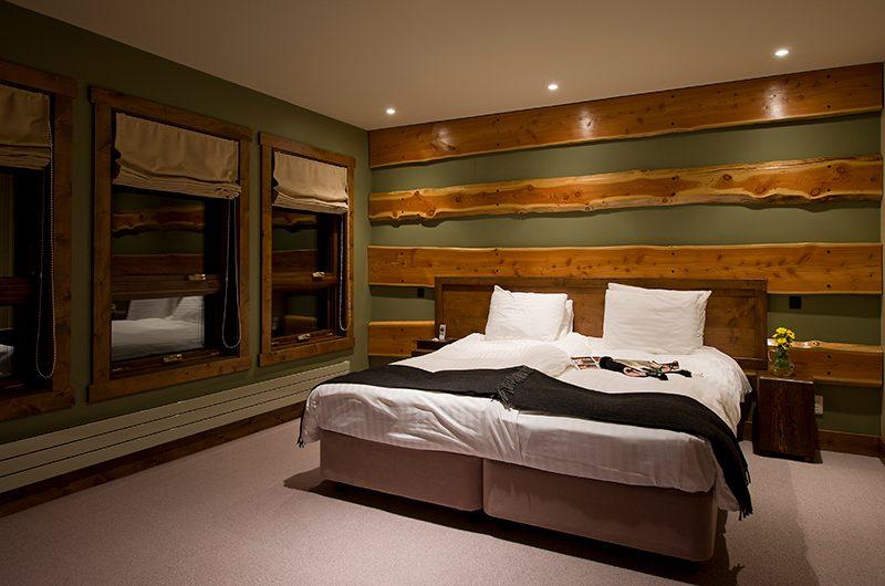 Latitude 42 Twin Beds | Hirafu, Niseko | Ministry of Chalets