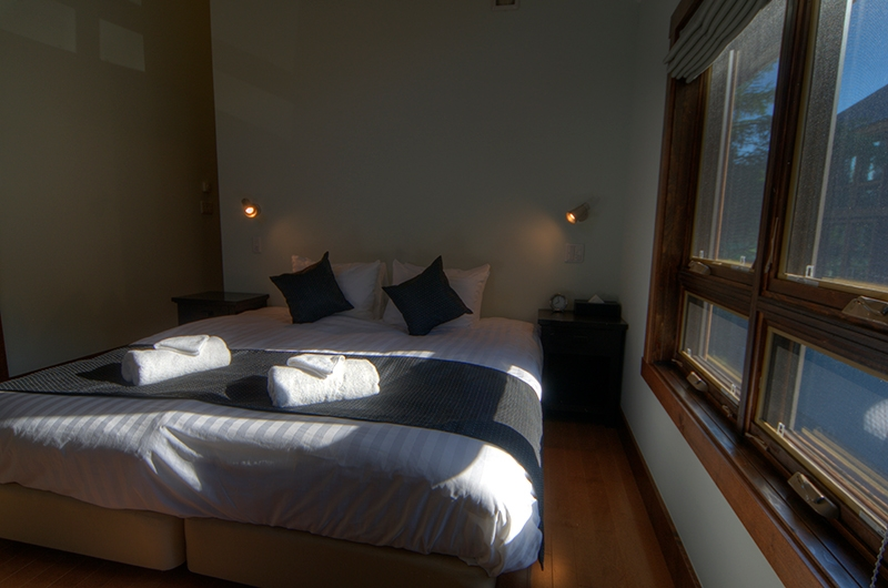 Mangetsu Lodge Double Bedroom | Hirafu, Niseko | Ministry of Chalets