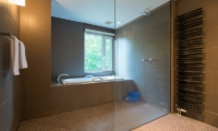 Moiwa Chalet Bathroom | Moiwa, Niseko | Ministry of Chalets