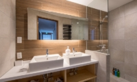 Moiwa Chalet Bathroom with Shower | Hirafu, Niseko | Ministry of Chalets