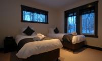 Mojos Twin Bedroom | Hirafu, Niseko | Ministry of Chalets