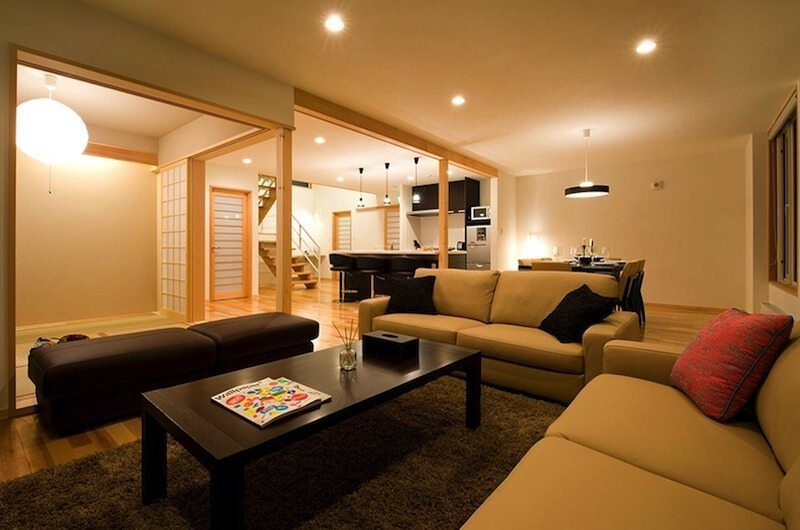 Oak Ridge Living Room | Hirafu Izumikyo 2, Niseko | Ministry of Chalets