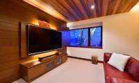 Panorama TV Room   Lower Hirafu Village, Niseko   Ministry of Chalets