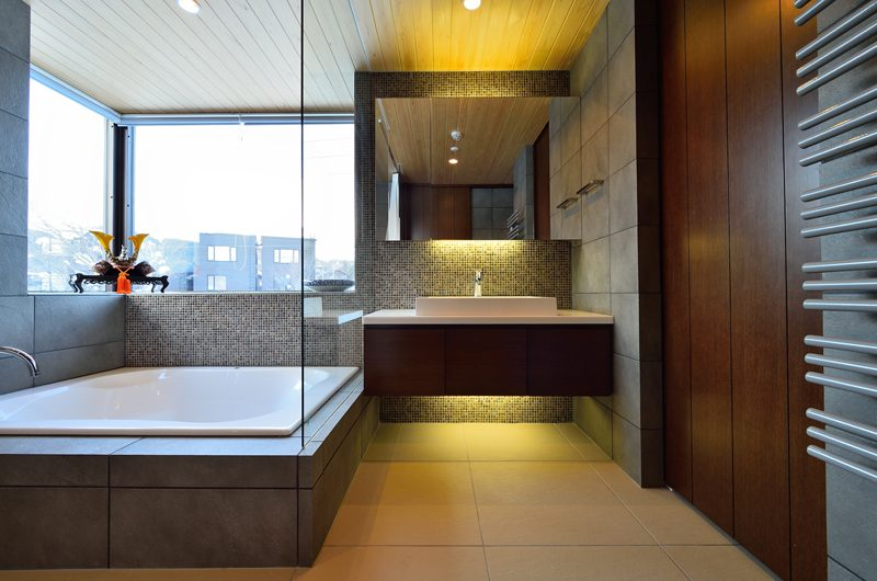 Panorama Bathroom with Bathtub | Lower Hirafu Village, Niseko | Ministry of Chalets