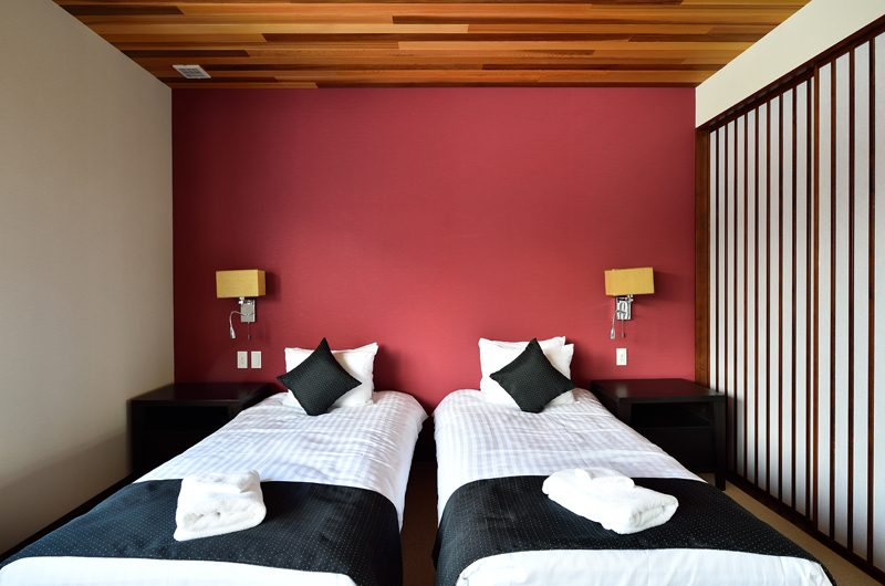 Panorama Twin Beds | Lower Hirafu Village, Niseko | Ministry of Chalets
