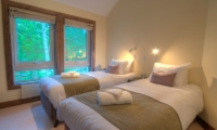 Shika Twin Bedroom | Hirafu, Niseko | Ministry of Chalets