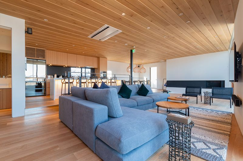 Silver Dream Dining and Living Area | Hirafu, Niseko | Ministry of Chalets