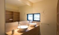 Tahoe Lodge Bathroom | Hirafu, Niseko | Ministry of Chalets