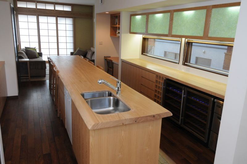 Tamo Fully Equipped Kitchen | Hirafu, Niseko | Ministry of Chalets