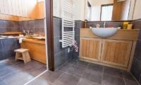 Tamo Bathroom | Hirafu, Niseko | Ministry of Chalets