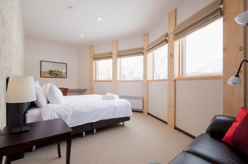 The Orchards Niseko Akagashi Master Bedroom | St Moritz, Niseko | Ministry of Chalets