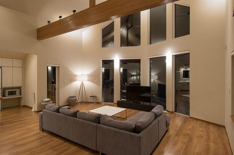 The Orchards Niseko Hinoki Entertainment Room | St Moritz, Niseko | Ministry of Chalets