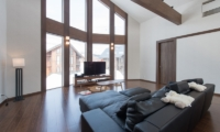 The Orchards Niseko Kaki Media Room | St Moritz, Niseko | Ministry of Chalets