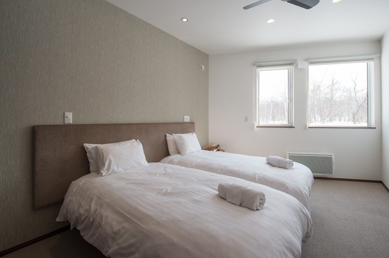 The Orchards Niseko Kaki Twin Bedroom | St Moritz, Niseko | Ministry of Chalets