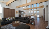The Orchards Niseko Kuromatsu Indoor Living Area | St Moritz, Niseko | Ministry of Chalets