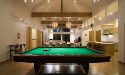 The Orchards Niseko Sawara Billiard Table Night View | St Moritz, Niseko | Ministry of Chalets