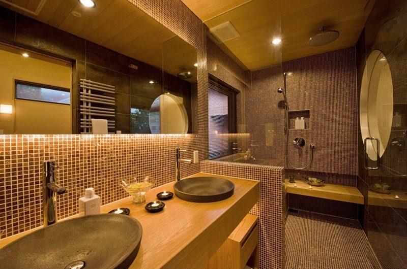 Tsubaki Bathroom | Lower Hirafu Village, Niseko | Ministry of Chalets