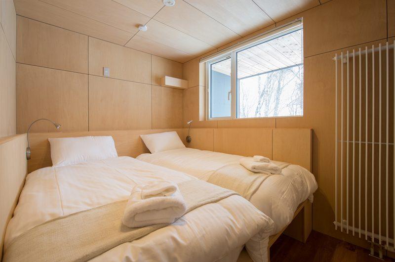 Yorokobi Lodge Twin Room | Hirafu, Niseko | Ministry of Chalets