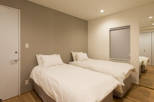 Yuzuki Twin Bedroom Area | Hirafu, Niseko | Ministry of Chalets
